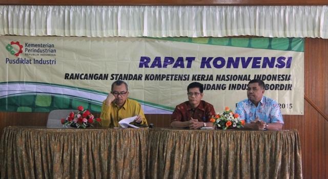 Rapat Kovensi RSKKNI TA. 2015 Bidang Industri Bordir