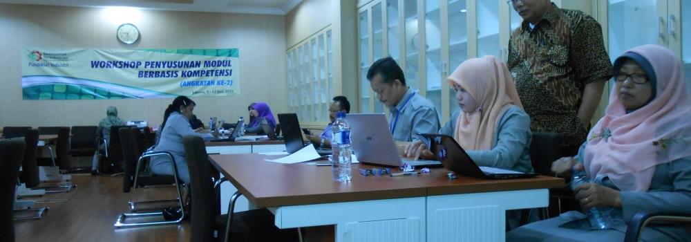 Workshop Penyusunan Modul Berbasis Kompetensi (CBT) untuk SMK dan Politeknik di lingkungan Pusdiklat Industri